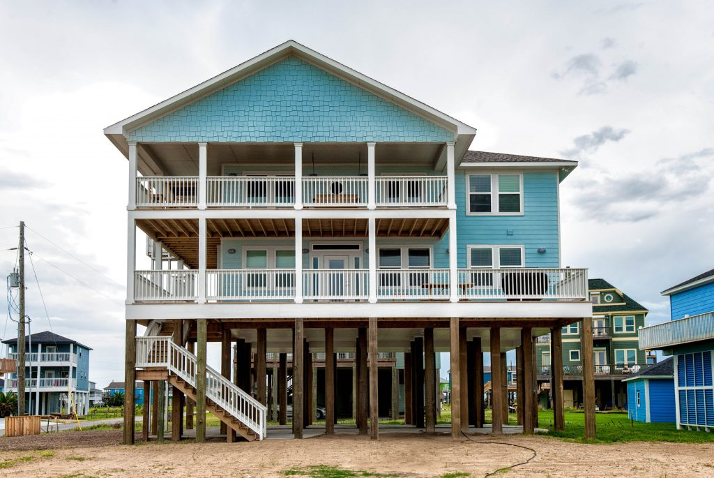 Waterfront Home Builder for Properties in Texas 5